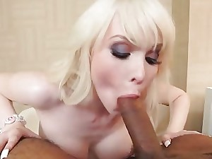 Messy shemale slut gives a blow and gets ass boinked
