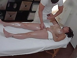Buxomy Mummy Gets Banged Throughout Rub-down