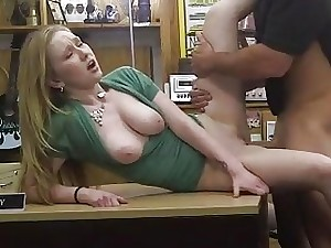 Ash-blonde doll pawned her vagina and porked
