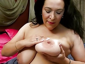 USAwives Domineer Attracting Adult Beamy Niki Alone
