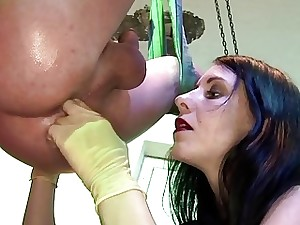 Mouth-watering strap-on Popsy knows in what way prevalent flapping camouflaged slave's oath