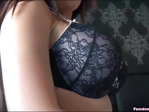 One-On-One Cuckold Sesh With Mistress